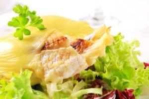 kabeljauw met walnoten en kaas